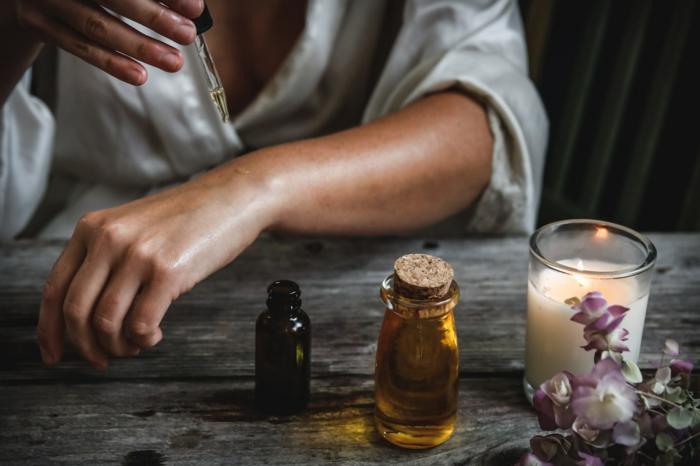 huiles soin pour la peau produits cosmétiques voyager