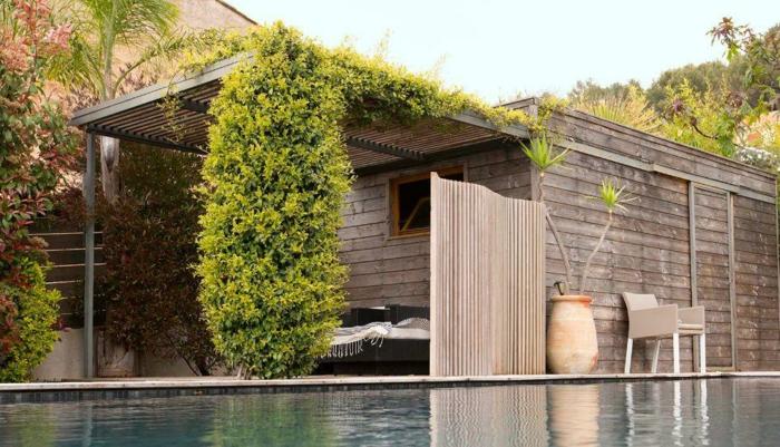 idée avec claustra autour de la piscine