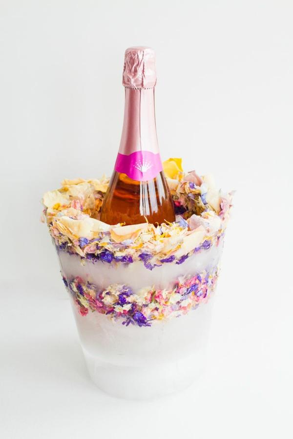 idée déco de table mariage seau à glace fleuri diy