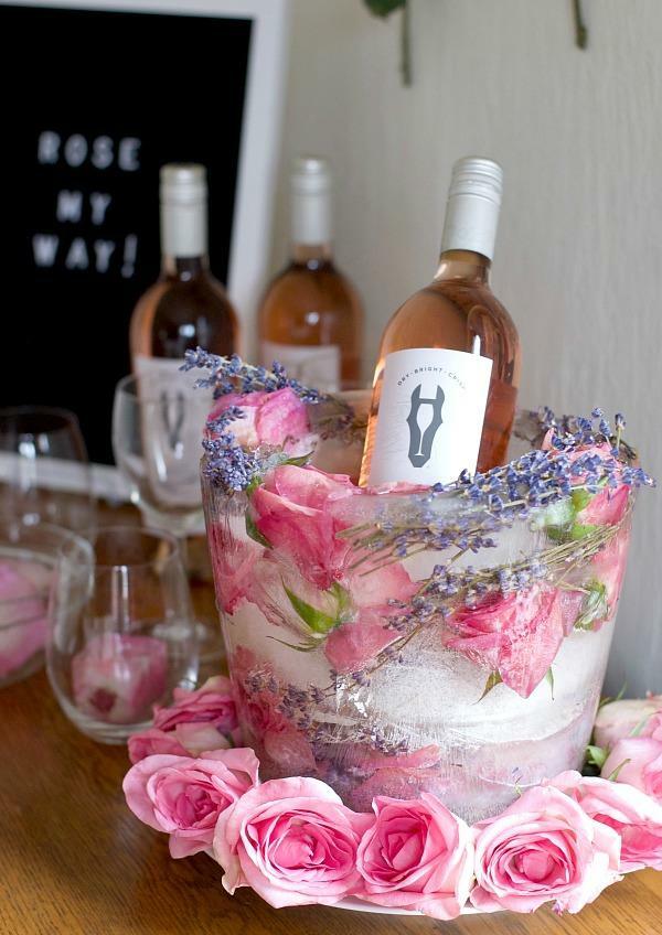 idée déco de table seau à glace fleuri diy roses et lavande