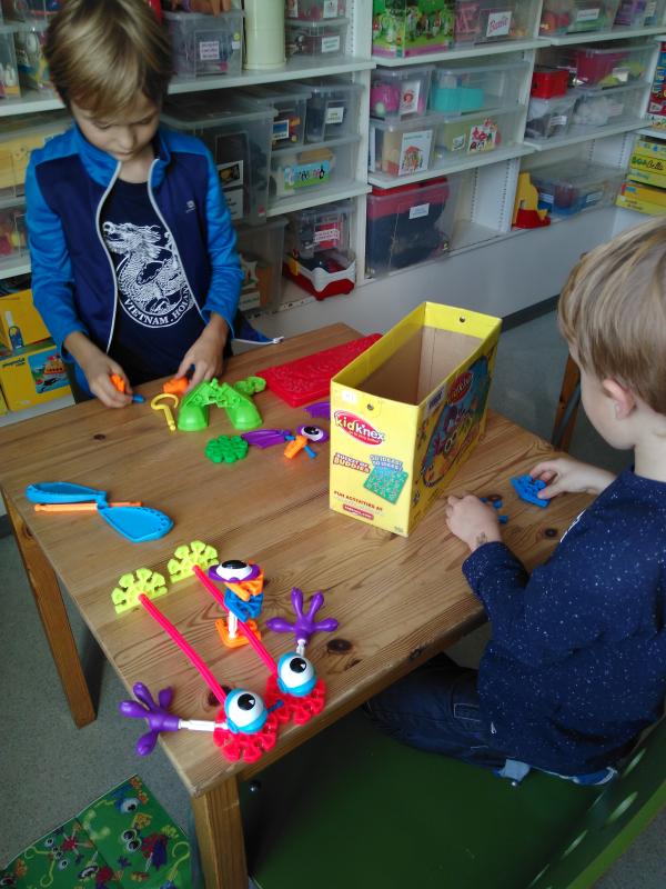jeux vacances reconstruire un jouet