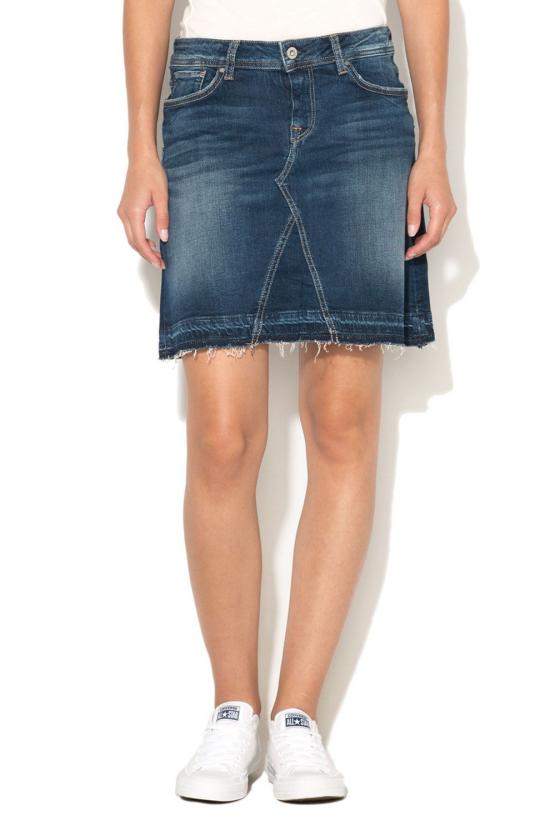 jupe en jean courte pas très courte