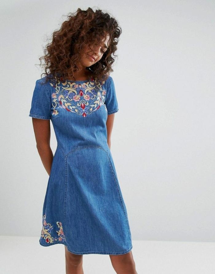 magnifique robe estivale en jean