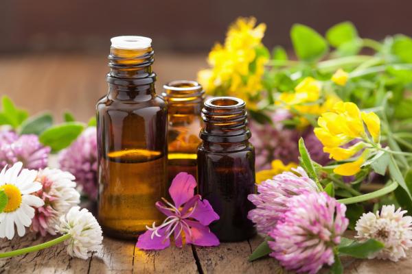 migraine fréquente huiles essentielles