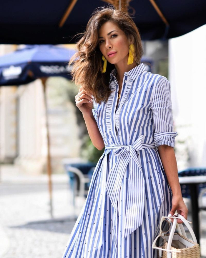 robe estivale à rayures