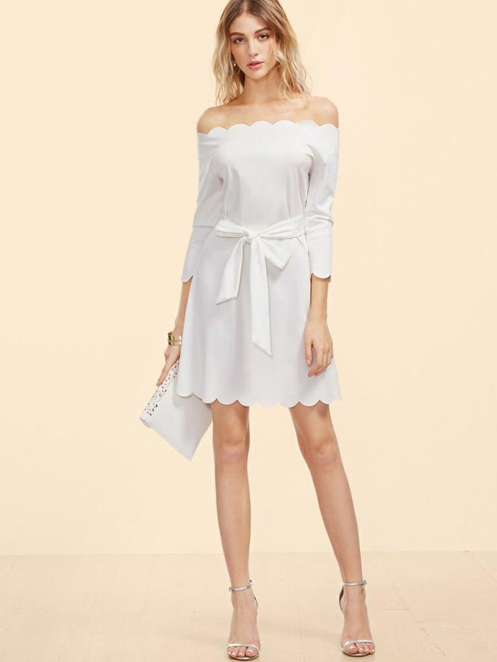 robe estivale blanche ceinturée élégante