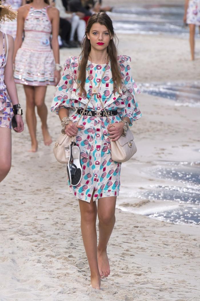 robe estivale boutonnée devant chanel