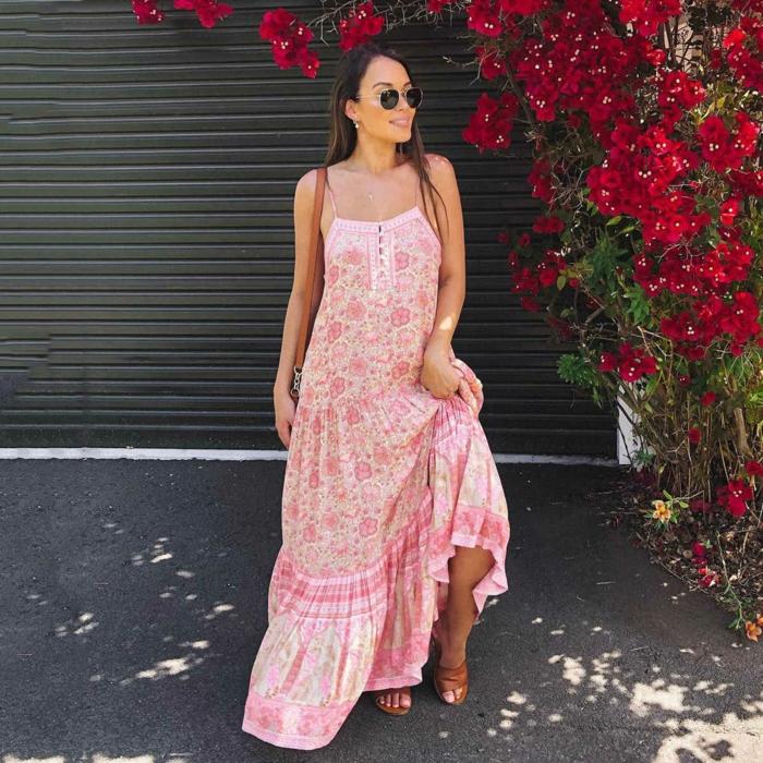 robe estivale longue à motifs floraux