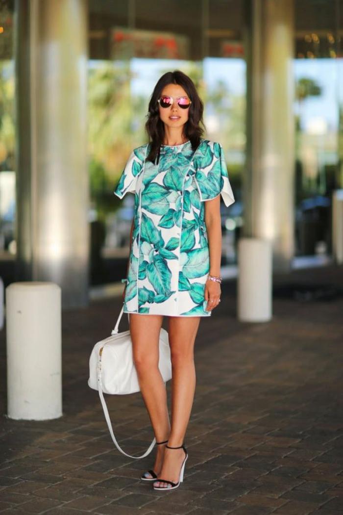 robe estivale motifs topicaux 2019