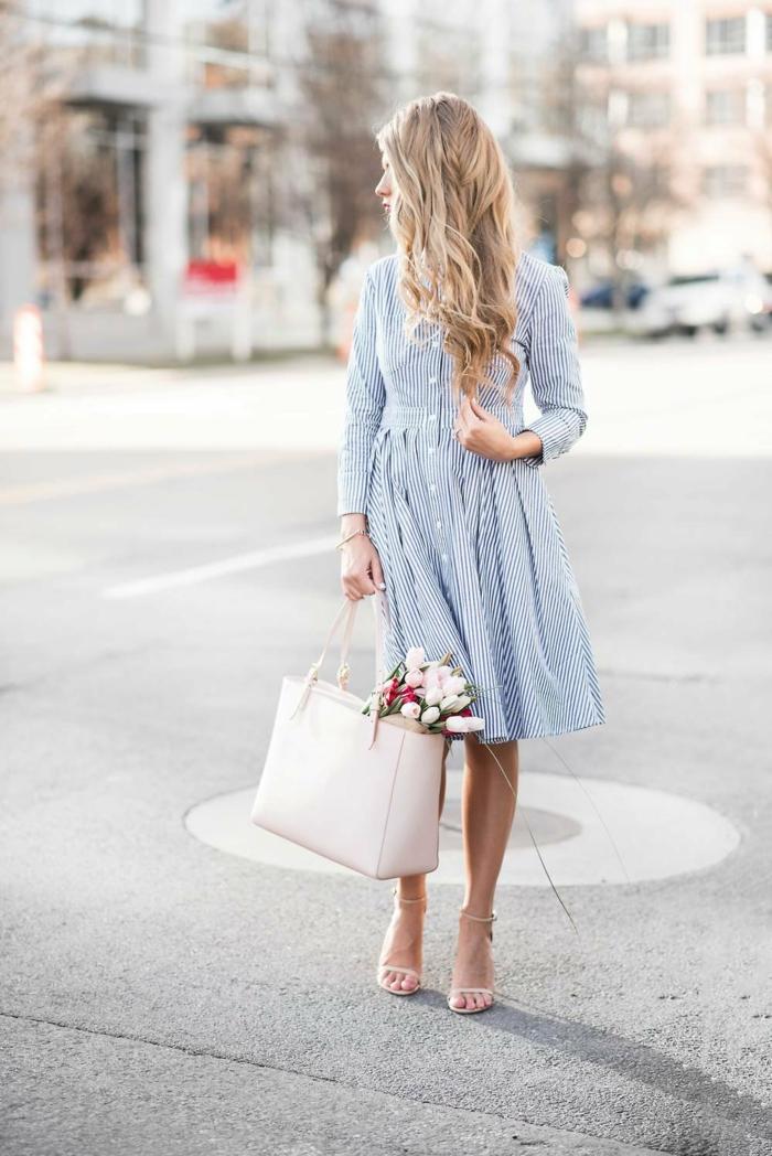 robe estivale stylé avec des boutons devant