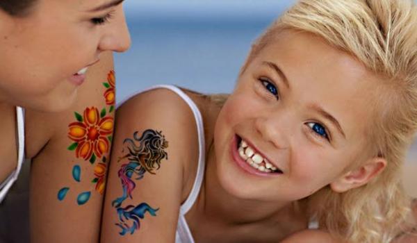 tatouage éphémère coloré aérographe