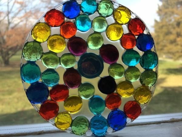 Attrape-soleil à fabriquer à partir de pierres décoratives en verre