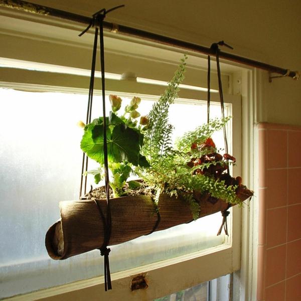 Faire une jardinière à suspendre à partir d'une feuille de palmier