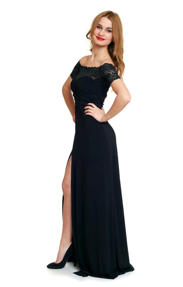 La robe noire longue indémodable