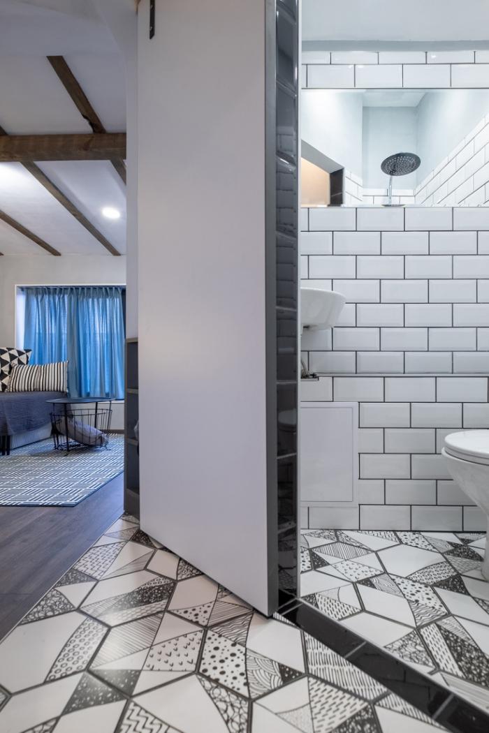 aménagement petit appartement carreaux blancs