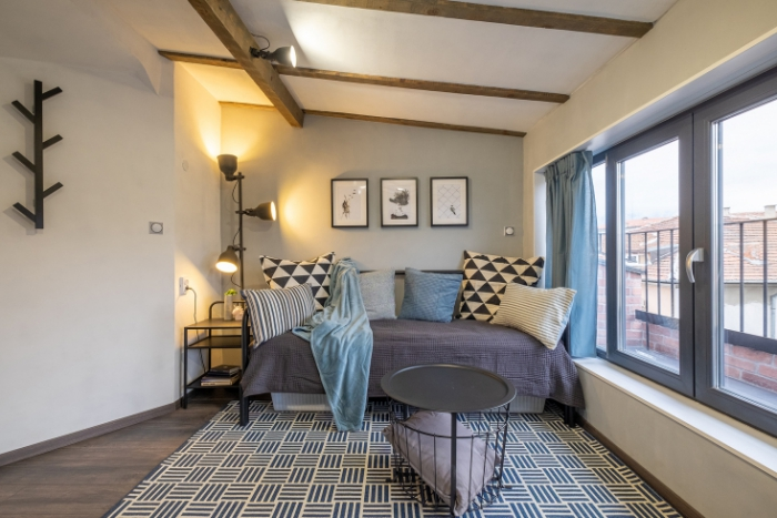 aménagement petit appartement lit-canapé