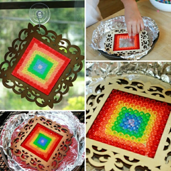 attrape-soleil perles en plastique colorées cadre photo