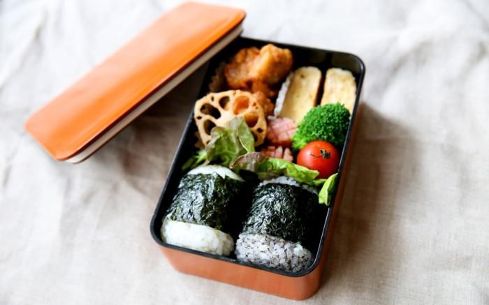 boîte bento sushi