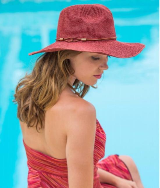 chapeau femme en couleur rose