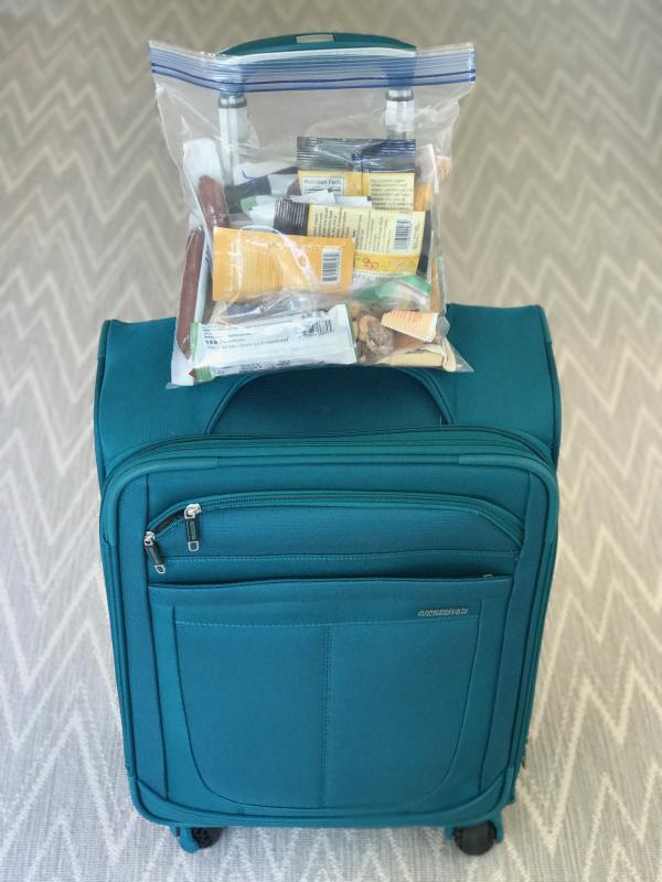 comment bien préparer sa valise médicaments en pochette
