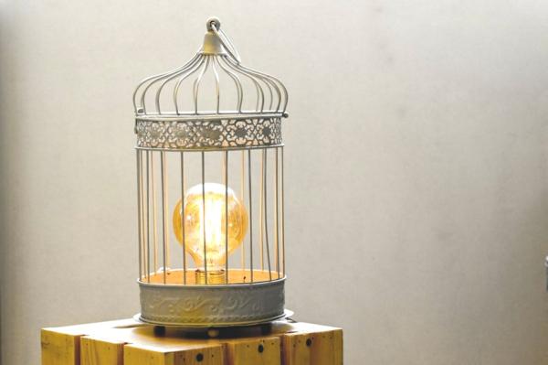 déco cage oiseau lampe de chevet design