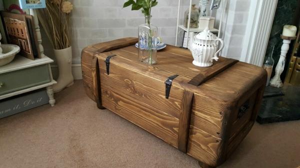 déco salon table basse coffre en bois massif