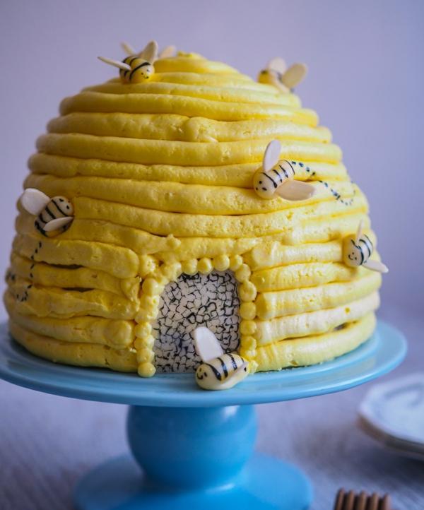 gâteau nid d'abeille crème jaune au miel