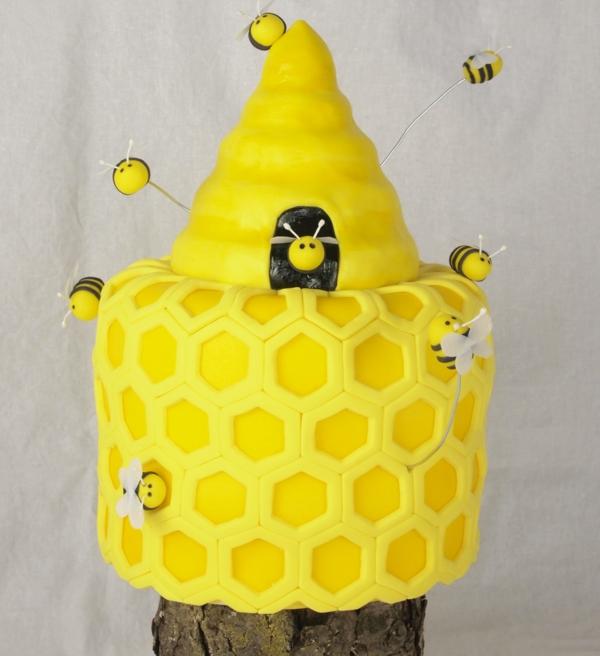 gâteau nid d'abeille en deux parties