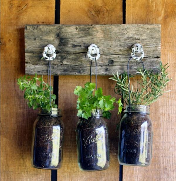 jardinière suspendue à fabriquer soi-même bocaux mason fil métallique bois