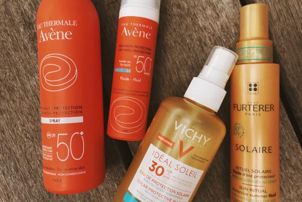 les cheveux frisés quatre produits efficaces