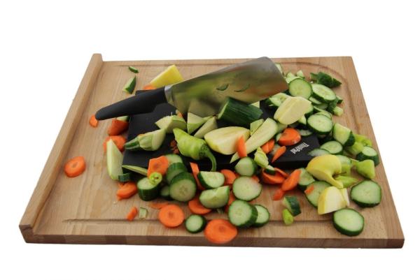 planche à découper cuisine en bois de forme rectangulaire