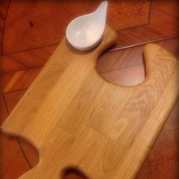 planche à découper cuisine en bois en forme de puzzle