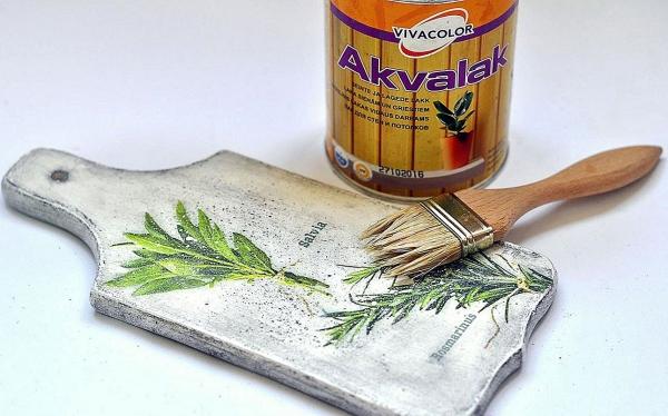 planche à découper cuisine en bois un découpage