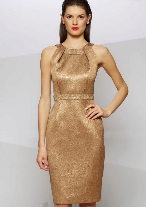signes du zodiac robe en couleur dorée