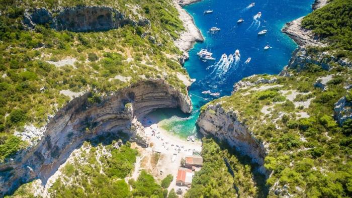 stiniva plage sauvage croatie voyage 2019