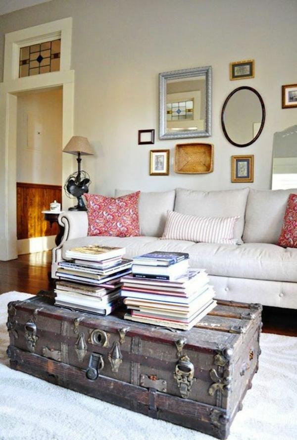 table basse coffre vintage salon blanc