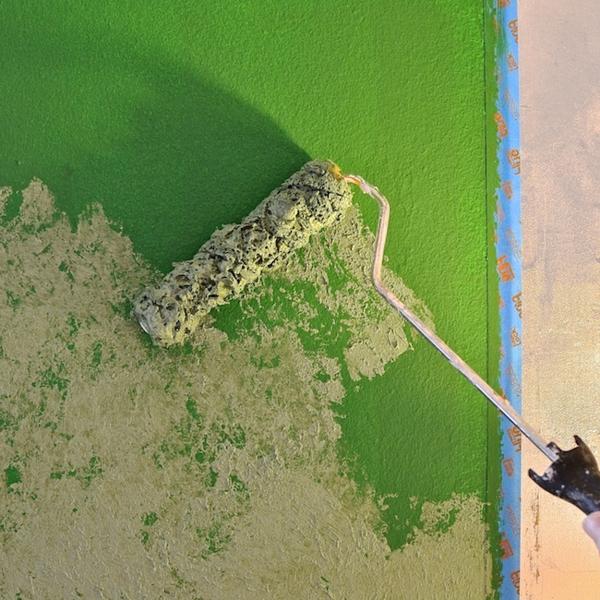 technique peinture à l'éponge couleurs contrastantes