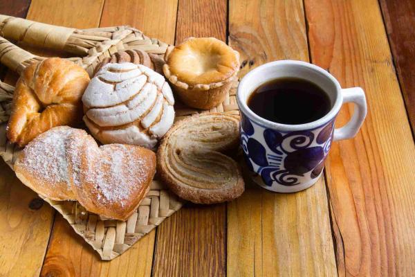 Quand boire du cafégâteaux et biscuits