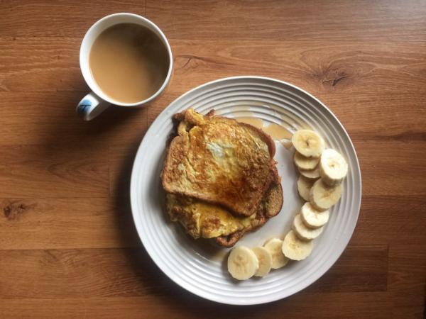 Quand boire du café omelette et bananes