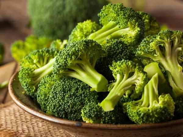 aliments brocoli et produits laitiers