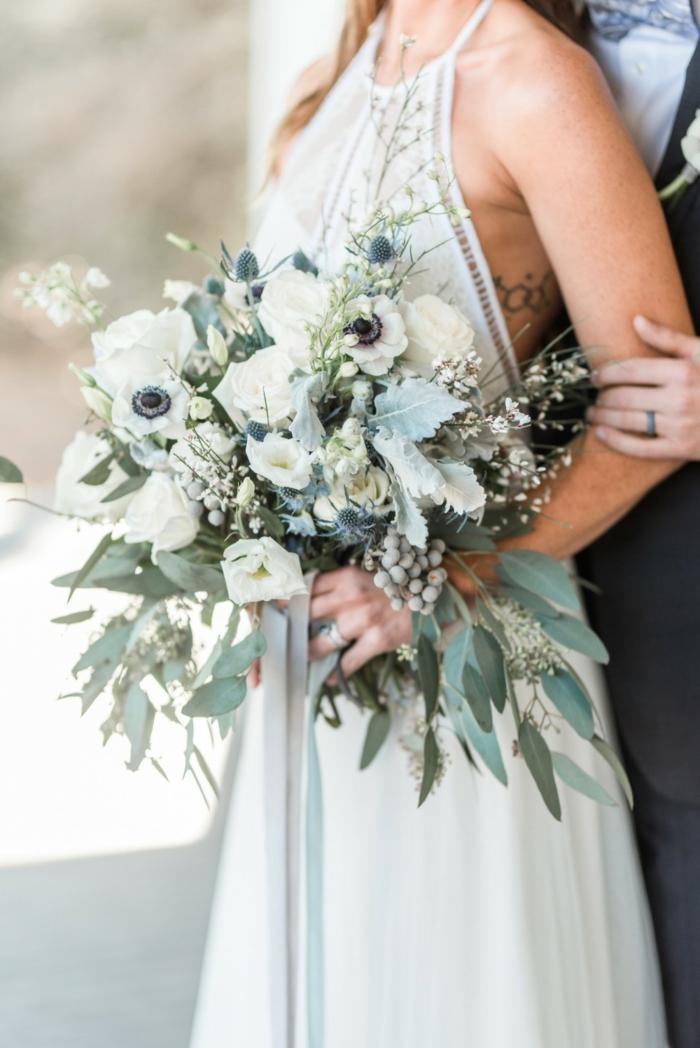 bouquet de mariée champêtre anémones