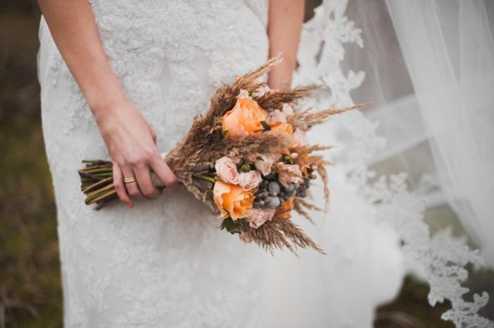 bouquet de mariée champêtre style épuré