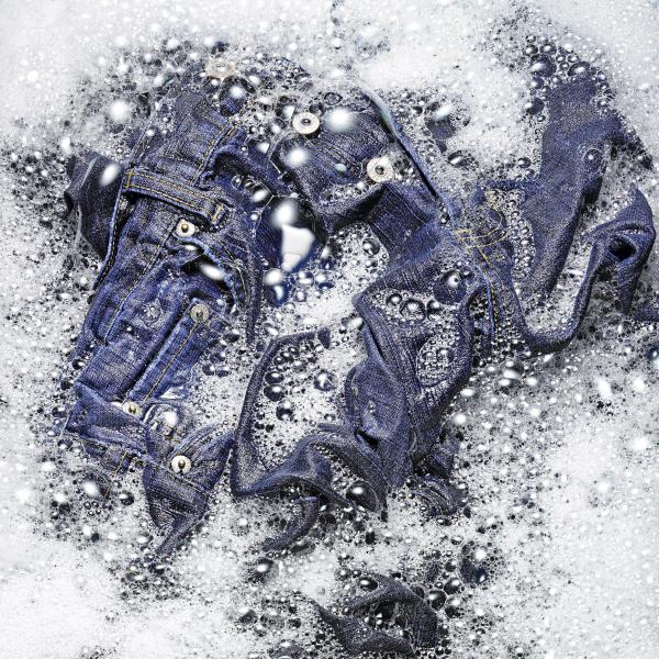 comment laver les jeans correctement quel détergent
