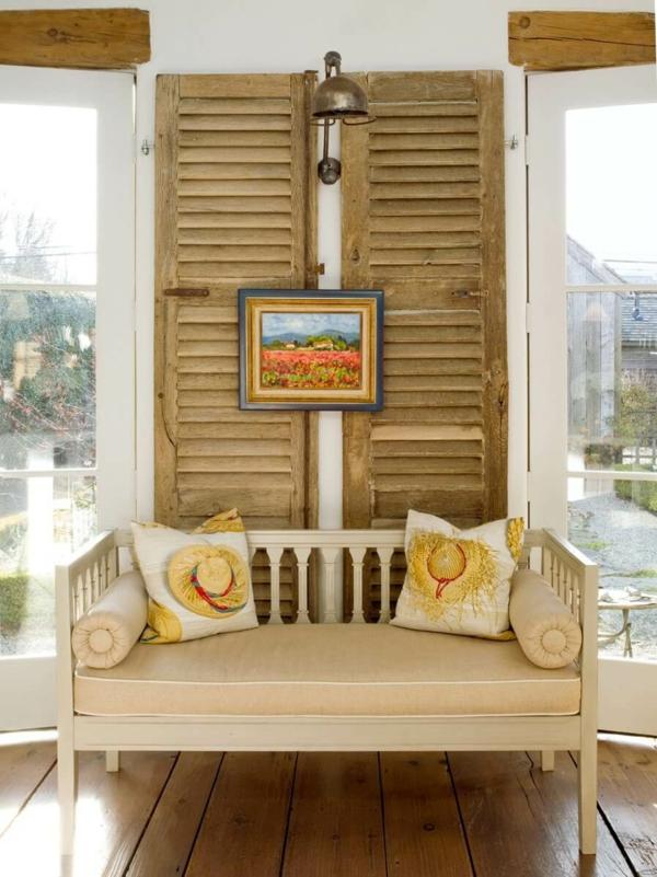 déco salon rustique volet fenêtre