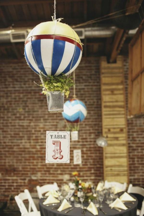 diy déco suspendue ballon volant avec des plantes