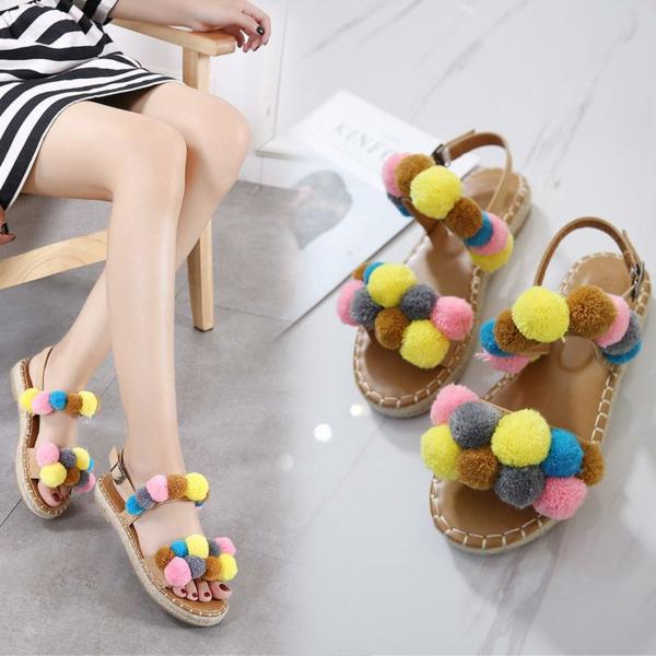 diy sandales pompon coloré en laine femme