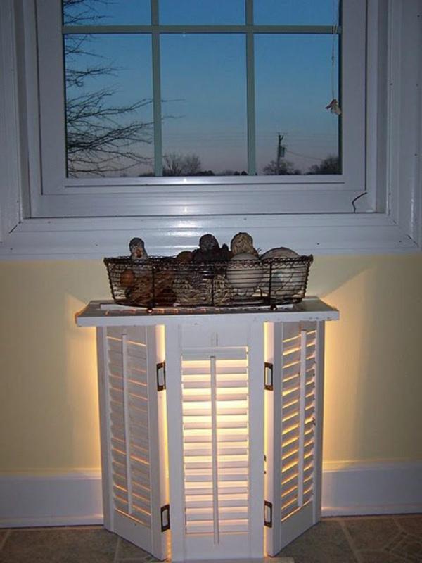 diy table d'appoint lumineuse volet fenêtre
