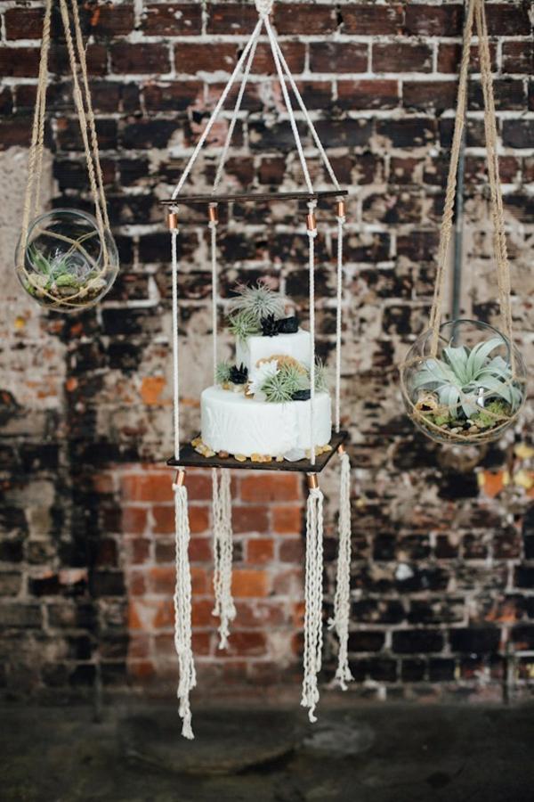 gâteau de mariage déco plantes Tillandsia
