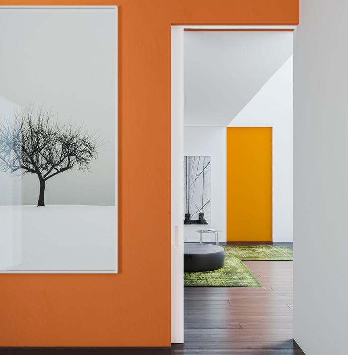 intérieur en orange portes coulissantes