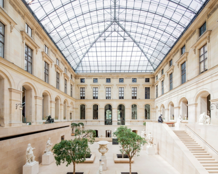 intérieur musée du louvre oeuvres d'art